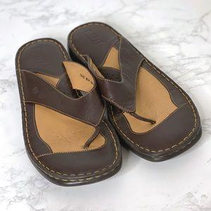 BORN B.O.C. Leather Flip Flops Brown Sandals Thong